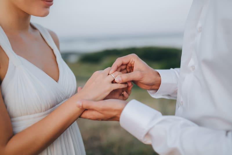 Bridebook.co.uk engagement ring on finger