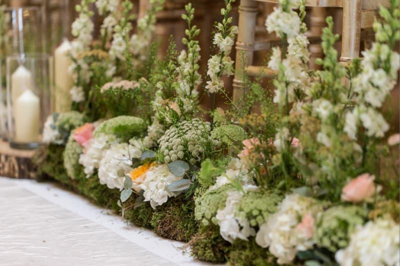 Bridebook.co.uk mossy wedding flowers