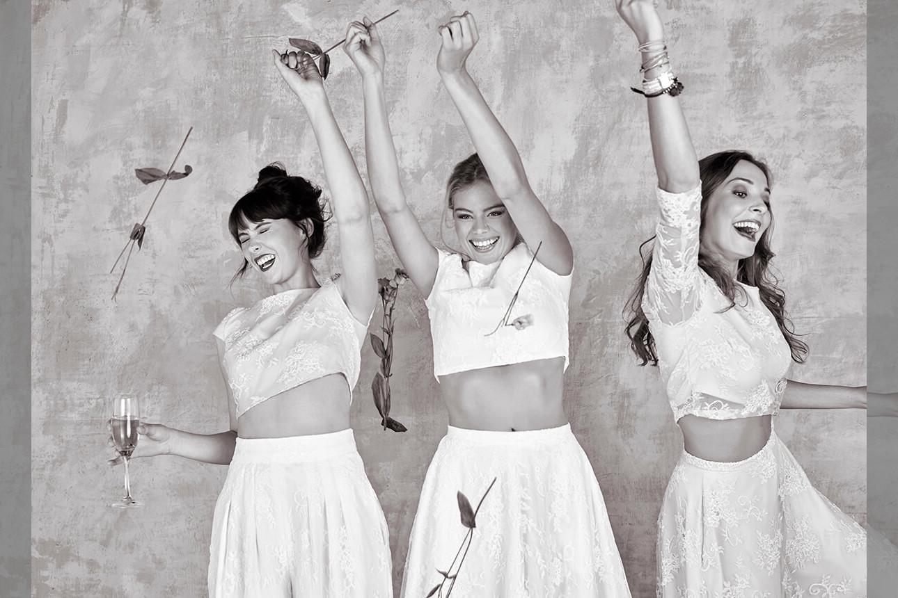 bridebook.co.uk-house-of-ollichon three girls throwing flowers