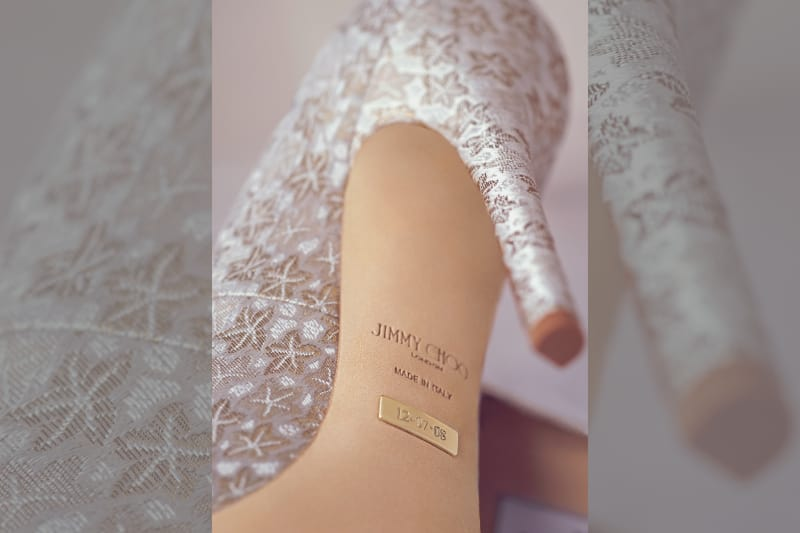 bridebook.co.uk-jimmy-cho-personalised-shoe