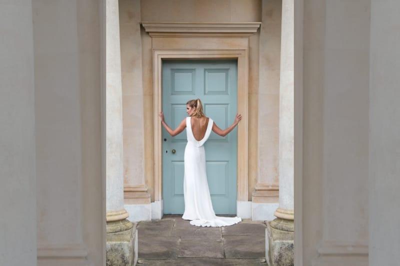 bridebook.co.uk-louise-selby-delphinium-dress
