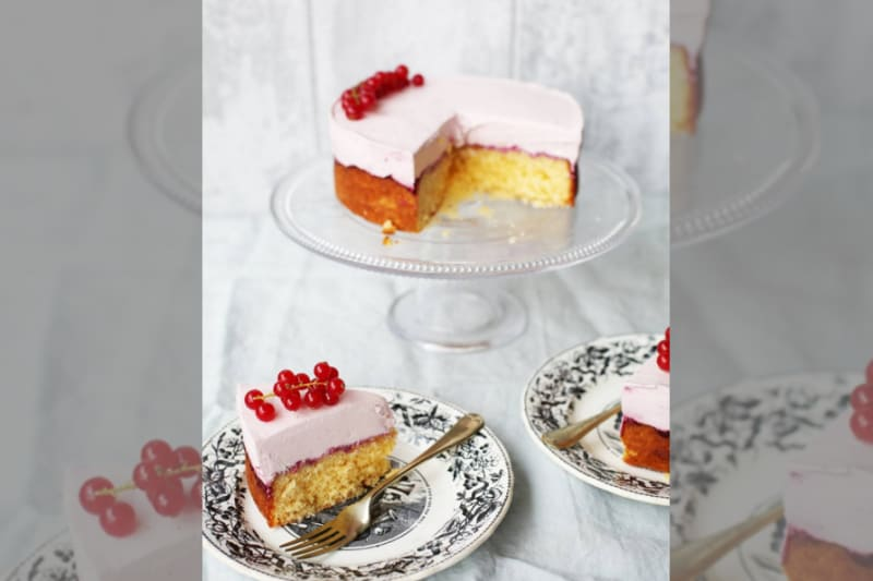 bridebook.co.uk strawberry sponge and cheesecake by rachel khoo