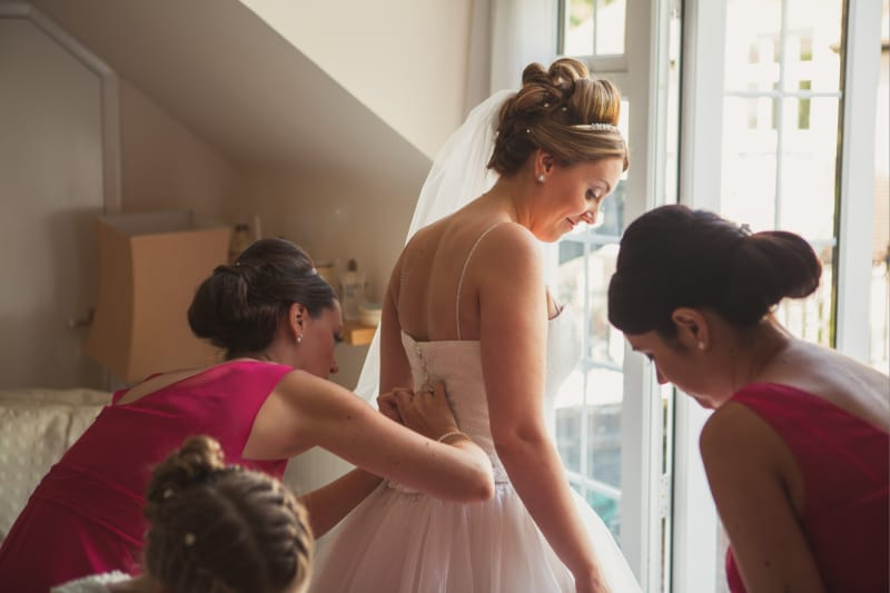 bridebook.co.uk bride getting ready with bridesmaids
