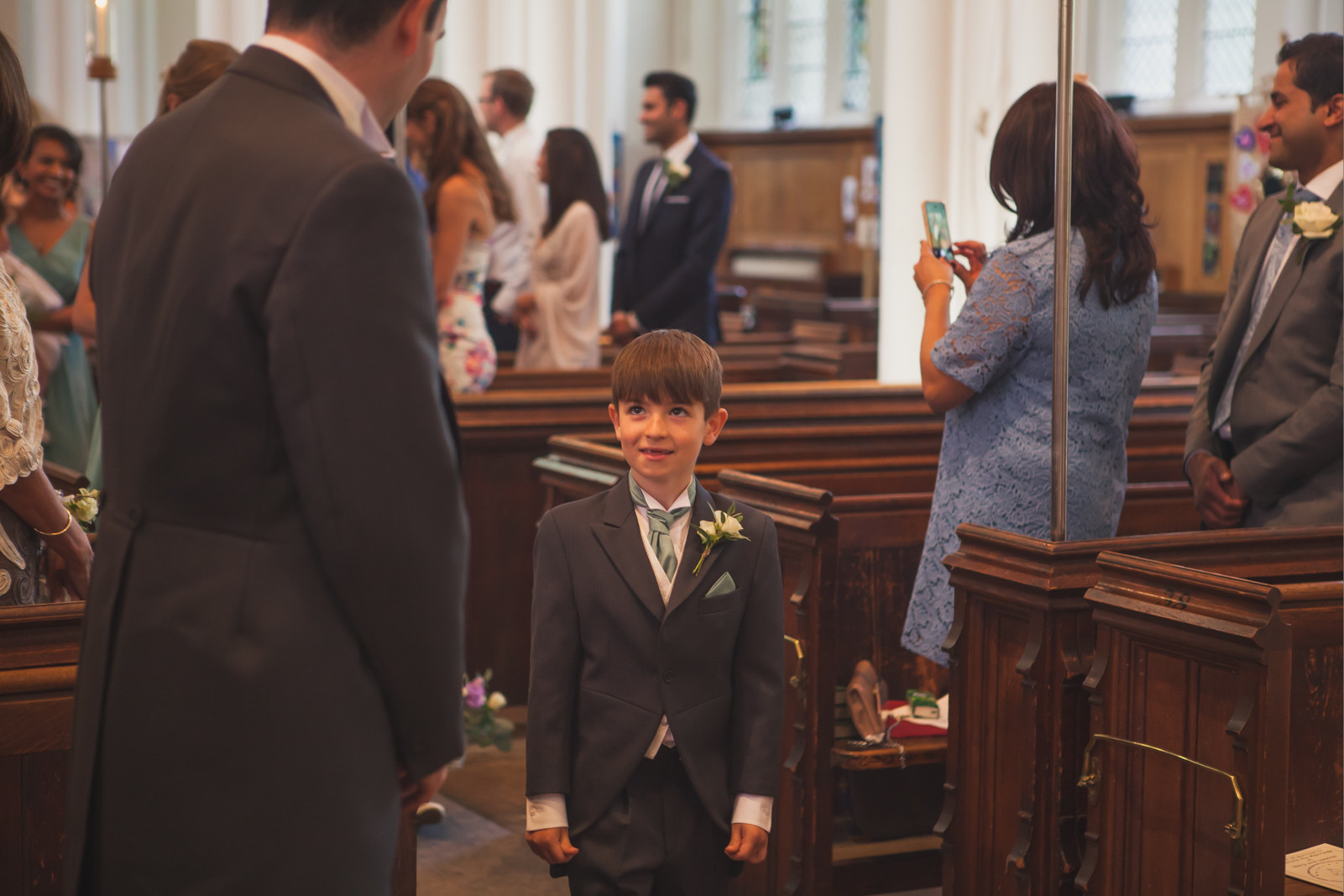 bridebook.co.uk little boy at a wedding