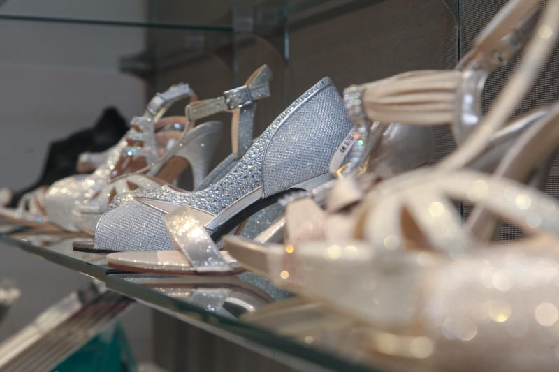 Bridebook.co.uk david's bridal wedding shoes on display