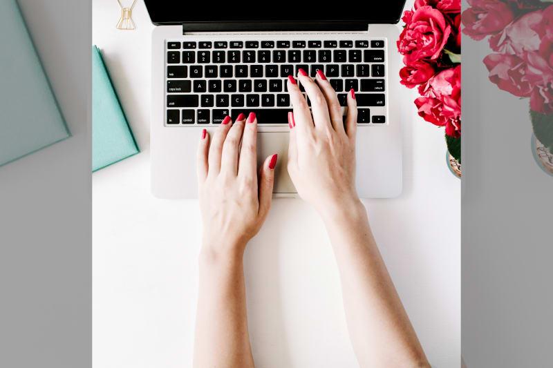 Bridebook.co.uk free online wedding planner