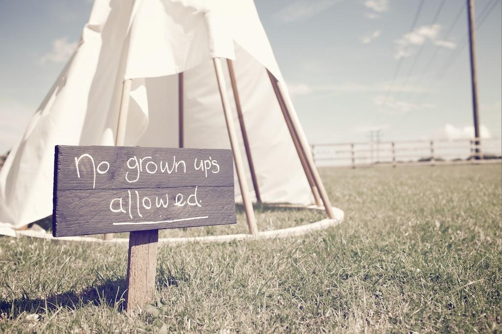 Bridebook.co.uk- no grown ups allowed sign