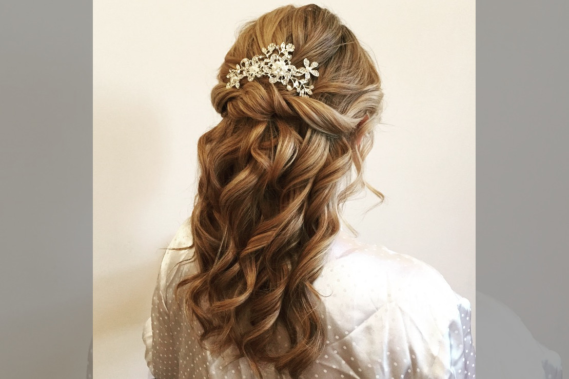 bridebook.co.uk-rose magnall half up with crystal hair accessory