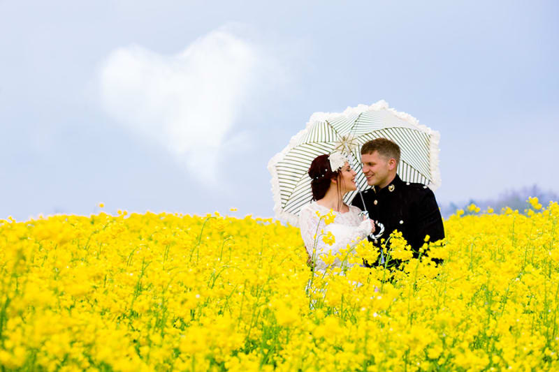 Abergavenny | Scotland | Monmouthshire | Abergavenny | Summer | Classic | Military | Yellow | Manor House | Real Wedding | Art By Design Photography #Bridebook #RealWedding #WeddingIdeas Bridebook.co.uk