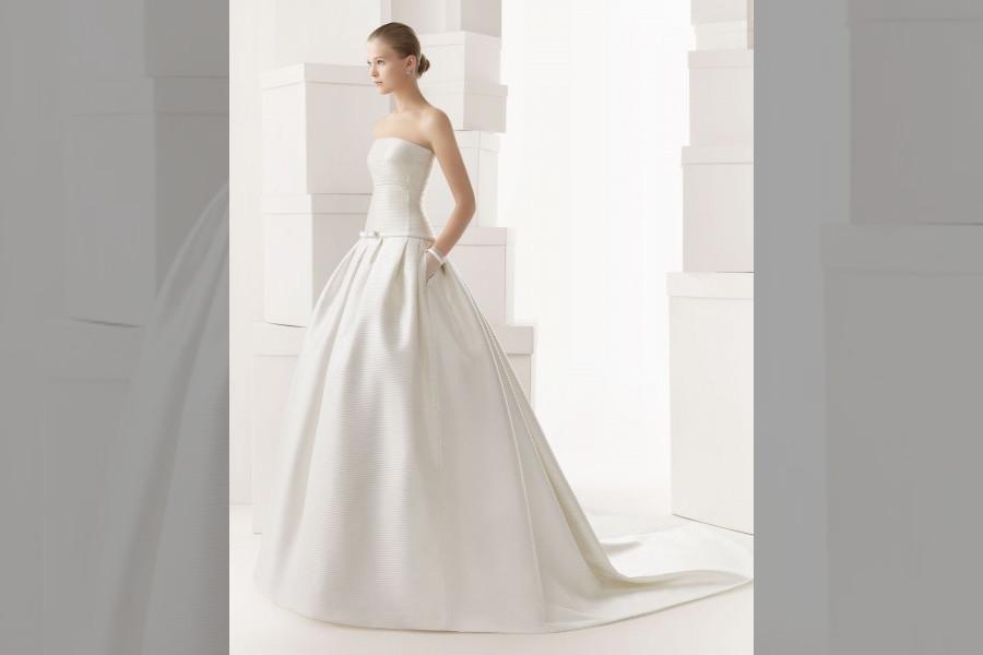 bridebook.co.uk wedding dress with pockets