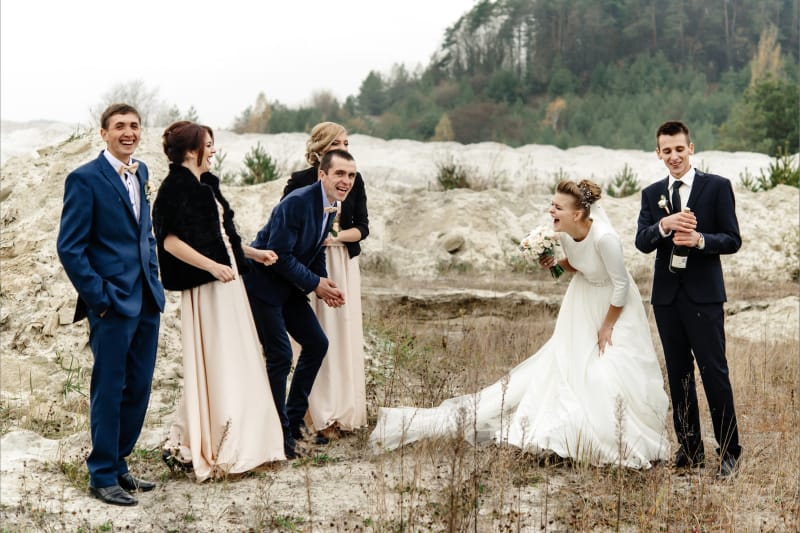 Bridebook.co.uk Newlywed photos winter wedding scenery