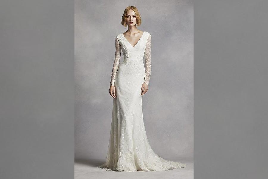 Bridebook.co.uk- vera wang gown on a model