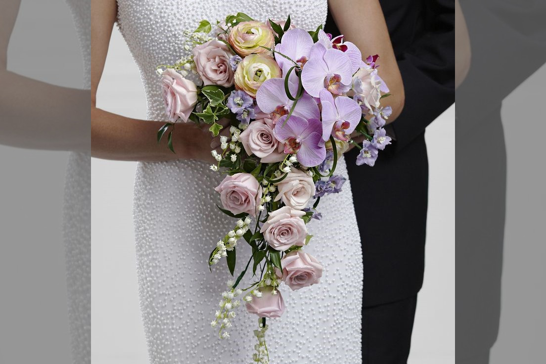 Bridebook.co.uk- cascading orchid bouquet