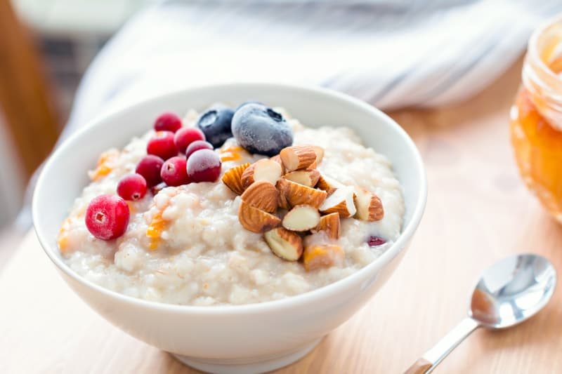 Bridebook.co.uk porridge with nuts and berries