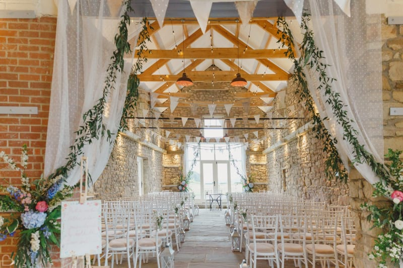 northside farm wedding venue ready to receive guests for ceremony