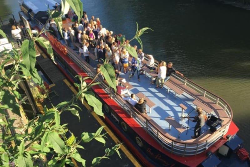 Bridebook.co.uk The Penny Lane River Boat