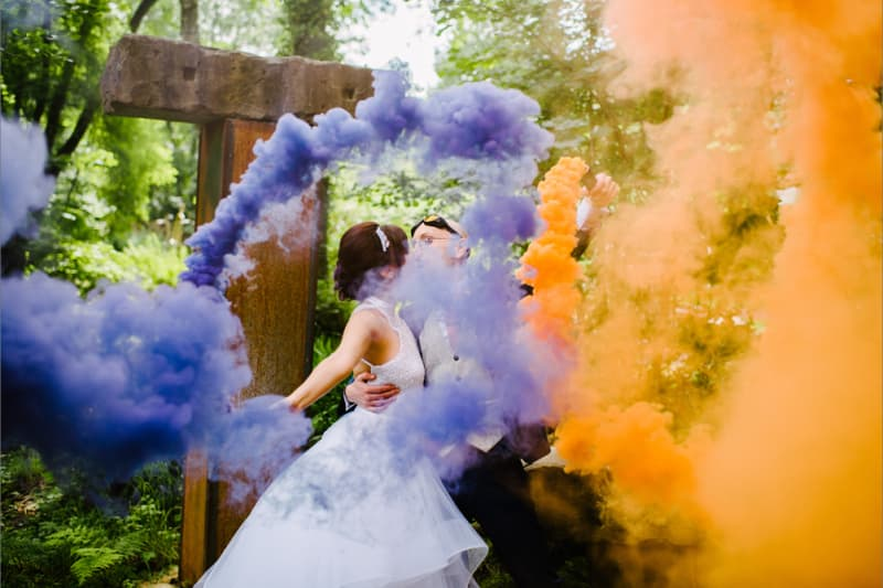 bridebook.co.uk rocknroll bride rw couple with smoke bombs