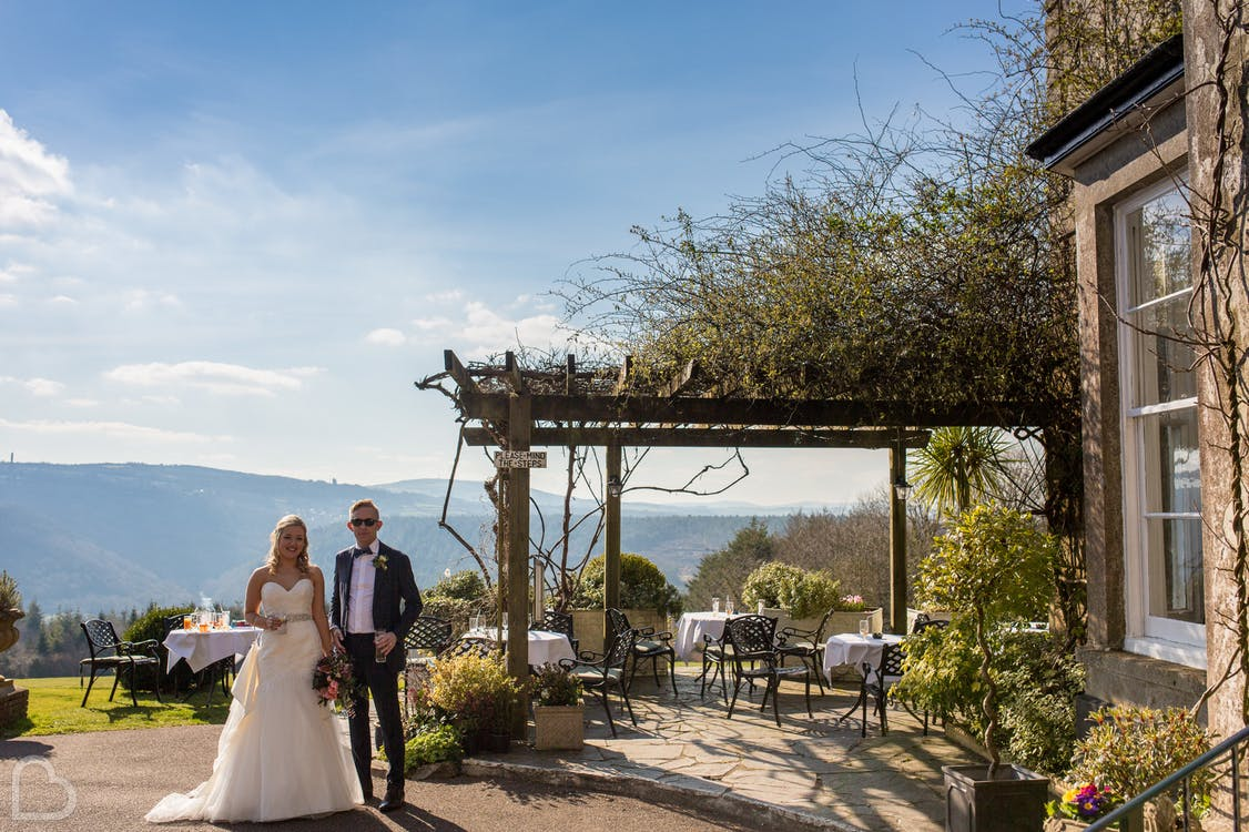 Top 10 Tips For Choosing Your Wedding Venue | Wedding Advice