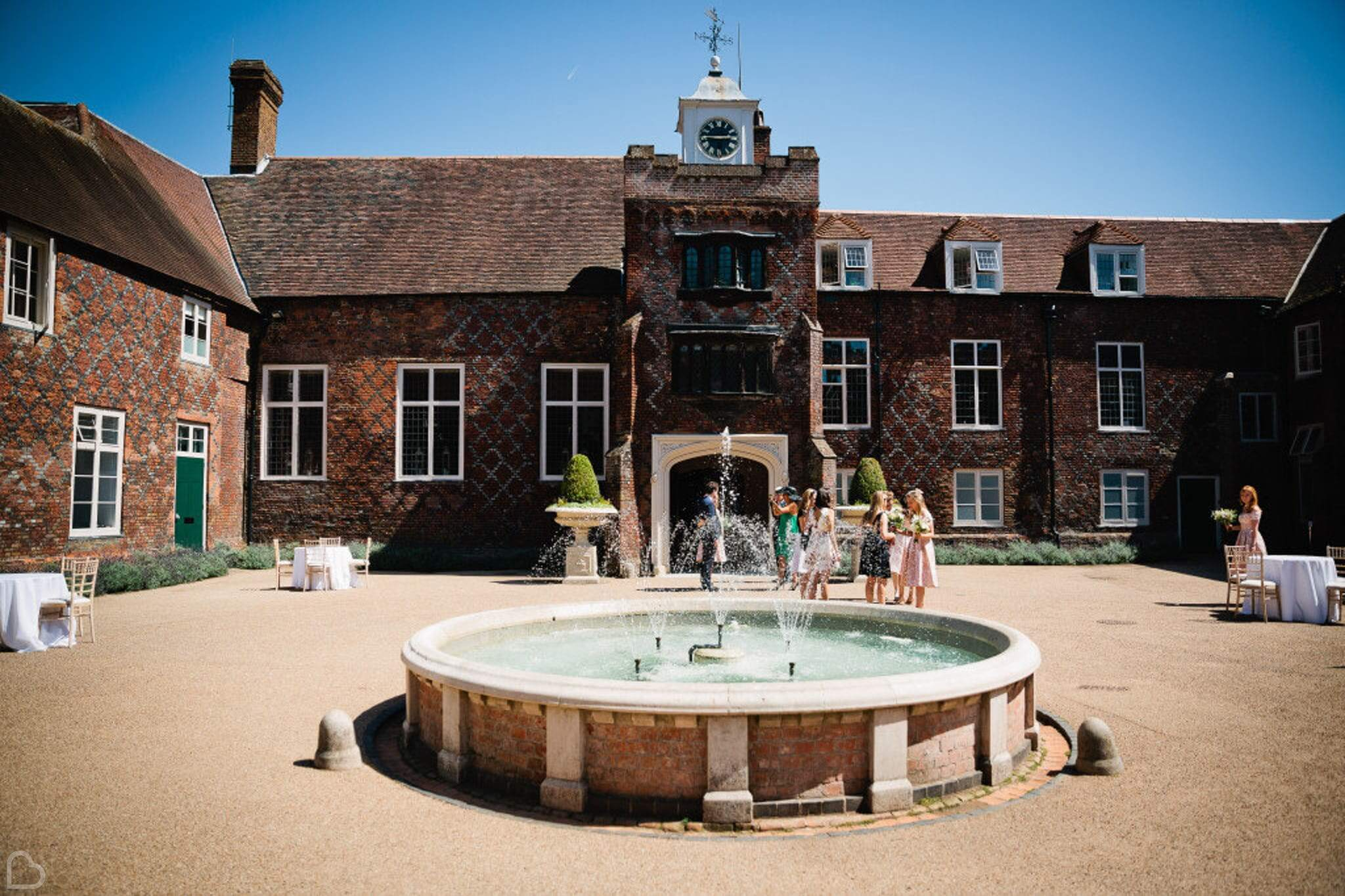 fulham palace fountain outside on a sunny day