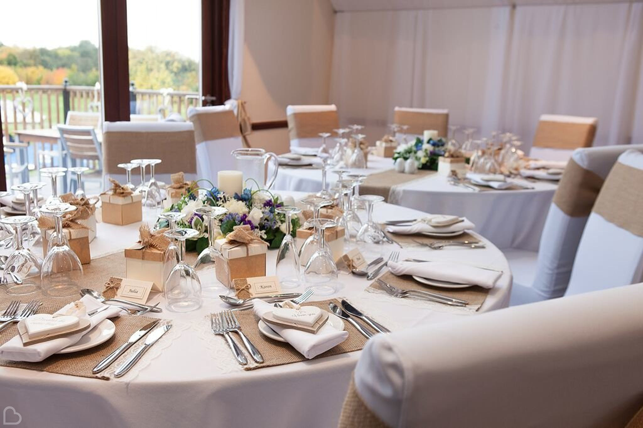 gold world table set for wedding lunch