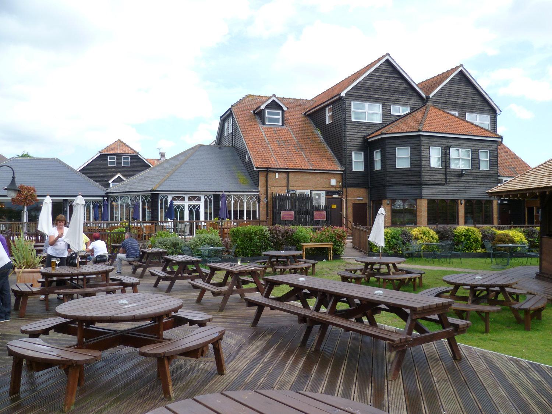 oysterfleet hotel