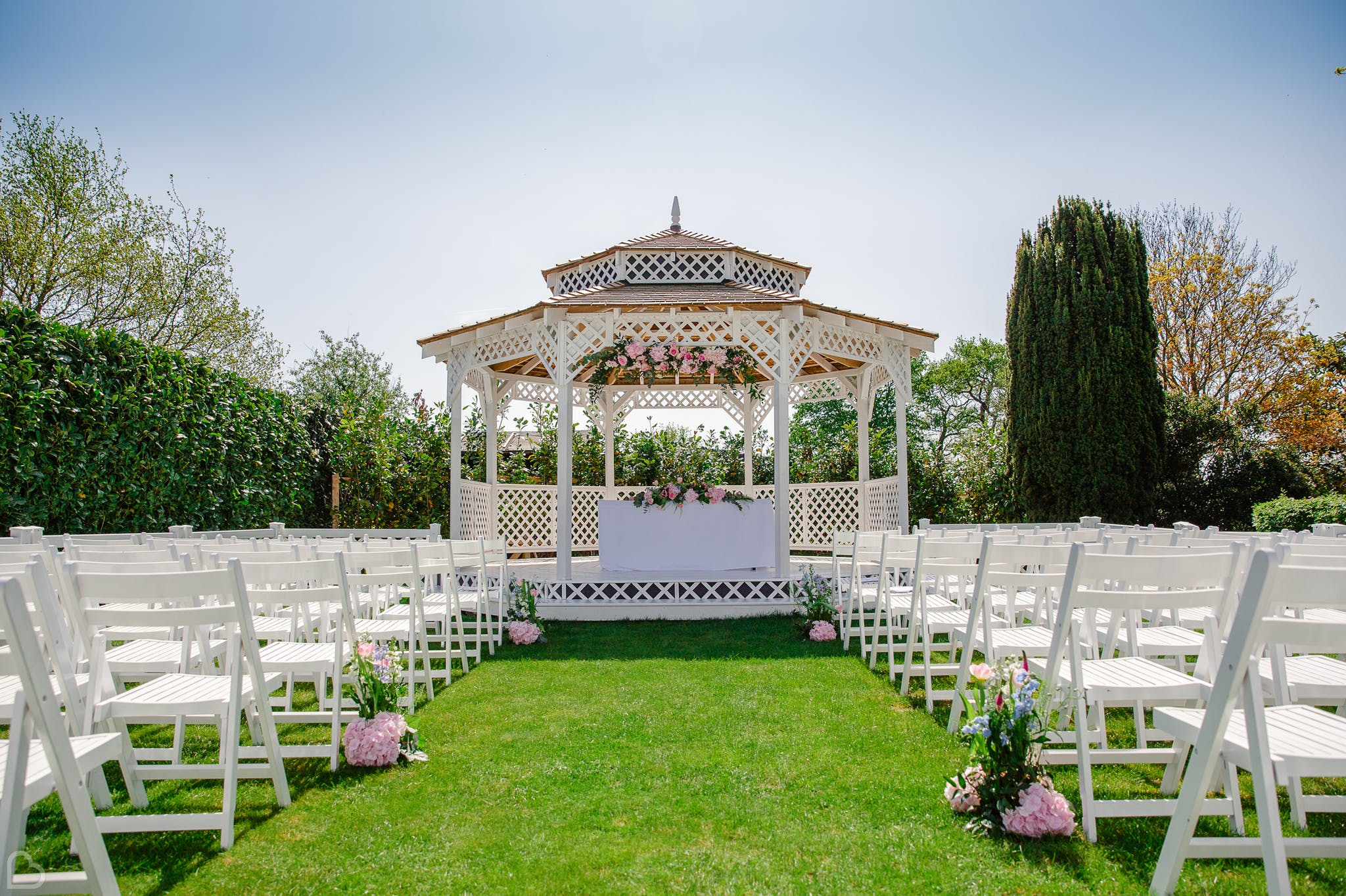 Moor Hall gazeebo