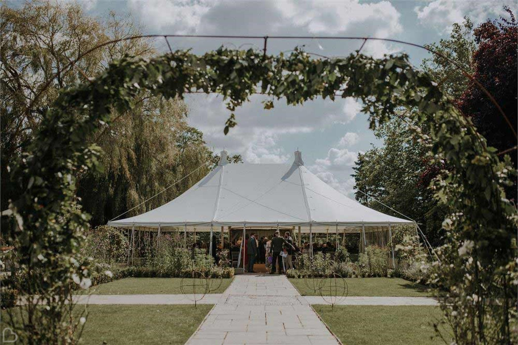 Houchins wedding venue marquee in the garden