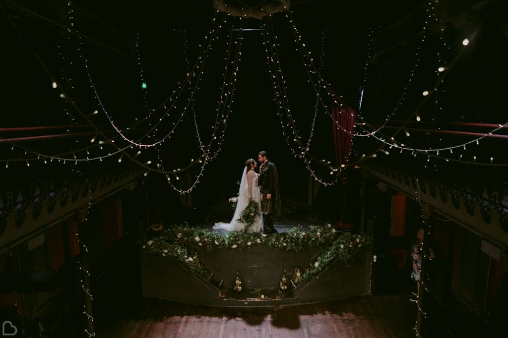 artistic newlyweds shot at hoxton hall.