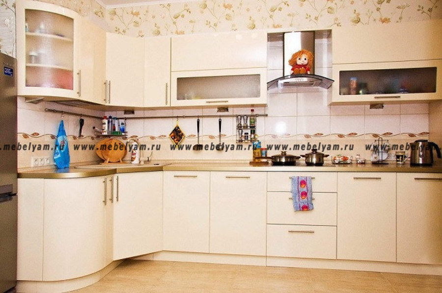 Изготовление, ремонт, модернизация торговой и корпусной мебели в Москве - Кухня на заказ (МДФ) Белый