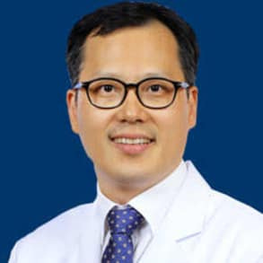 Professor Byoung Chul Cho, MD, PhD