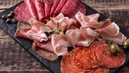 Beef Jerky and Other Processed Meats Associated with Manic Episodes