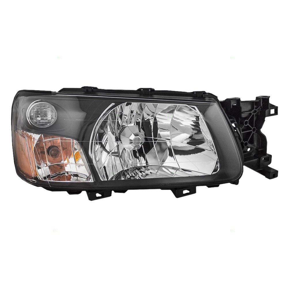 Picture of 2005 subaru forester passengers headlight assembly