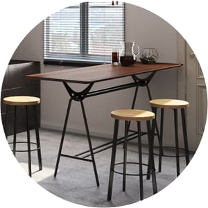 Bowen bar table