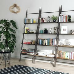 Lang wall shelving