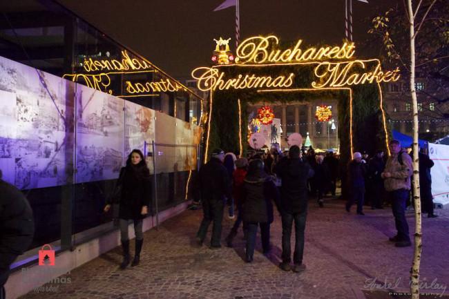 "<img  data-cke-saved-src=""filename.gif"" src=""filename.gif"" alt=""Bucharest Christmas Market"">"