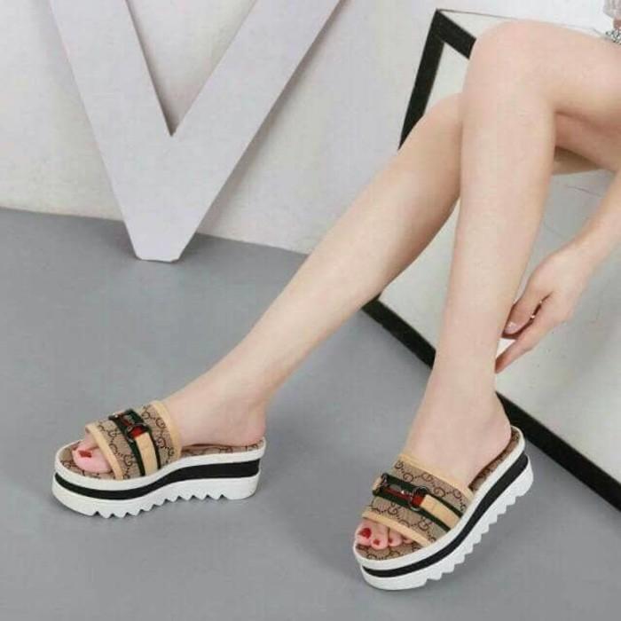 jual Sandal Wedges Wanita Slop SDW258 Tan