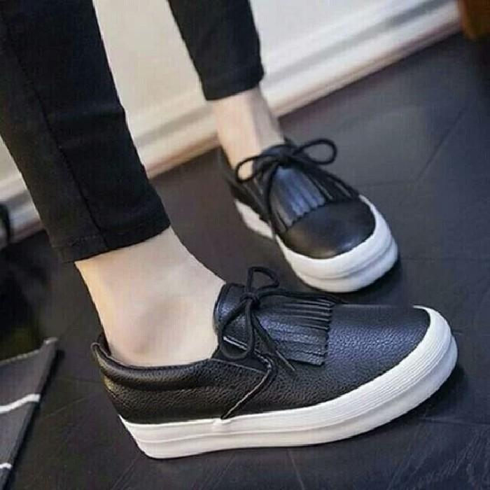 jual Sepatu Wanita Slip On Arabella SDS235 Hitam