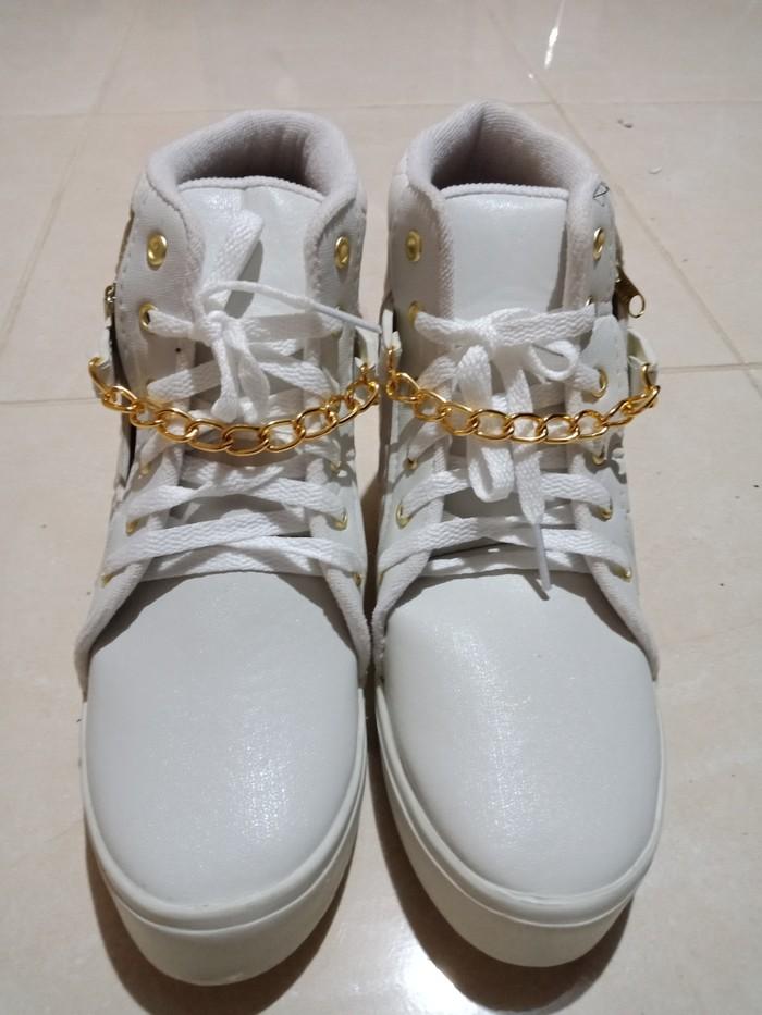 jual Sepatu Boots Wanita Korea SBO333 Putih