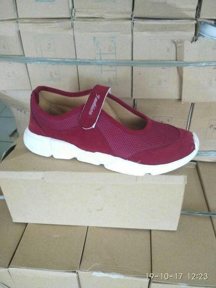 jual Sepatu Wanita Slip On Alexa SDS226 Maroon