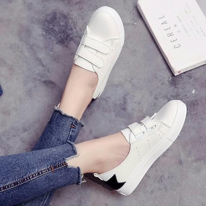 jual Sepatu Wanita Kets Casual Bintang SDS209