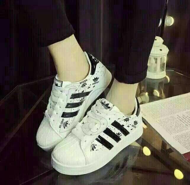 jual Sepatu Wanita Kets Casual Bercak SDS218 Hitam