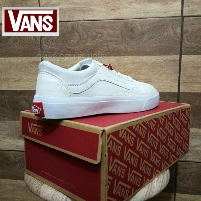 jual Sepatu Sneaker Vans Old Skool School Full White Putih Laki Perempuan