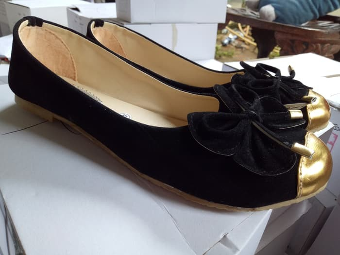 jual Sepatu Wanita Flat Shoes Pita SDB55