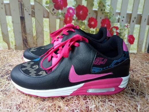 jual Sepatu Wanita Kets Casual SDS169