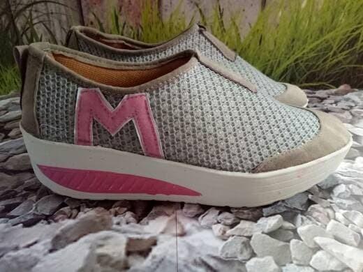 jual Sepatu Wedges Wanita Slip On SDS174 - Hitam, 37