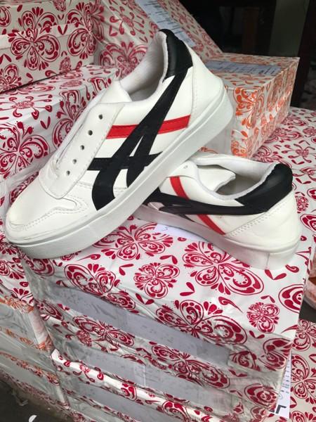 jual Sepatu Wanita Kets Casual Putih SDS180