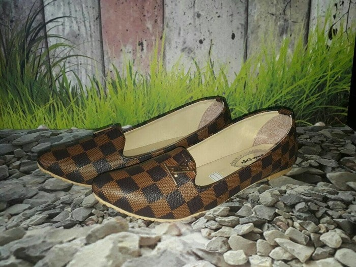 jual Sepatu Flat Shoes Wanita SDB86