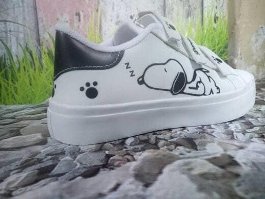jual Sepatu Wanita Kets Casual Snopy SDS203