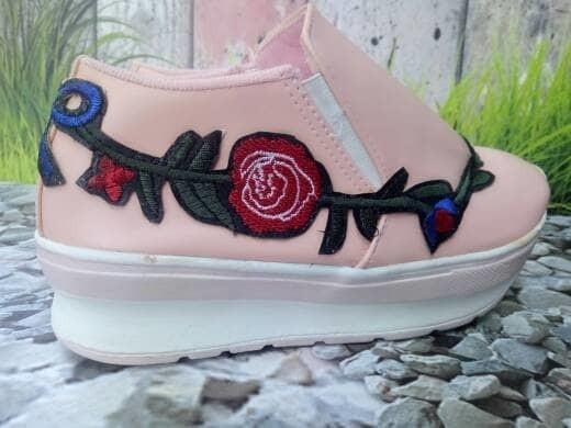 jual Sepatu Wanita Casual Slip On Bunga SDS206