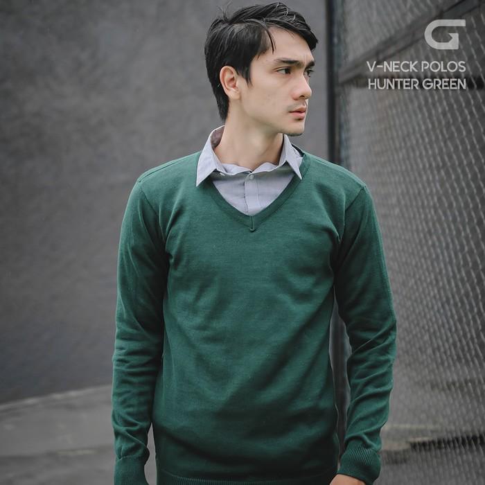 jual Sweater Rajut Pria Gomuda - V-Neck Polos Hunter Green - Hijau Tua, S